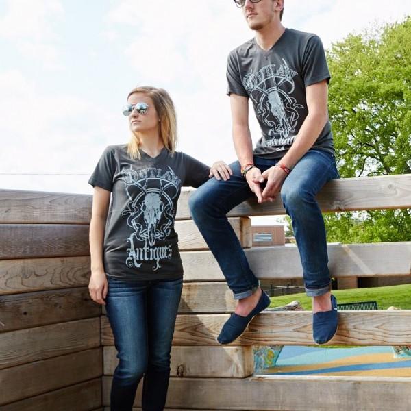 outlaw-antiques-tshirt
